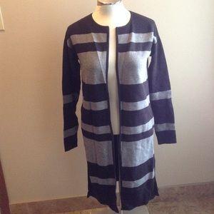 ATHLETA reversible cardigan sweater XS black gray